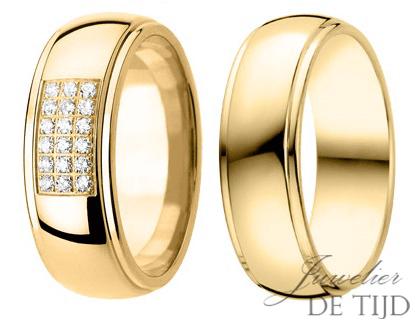 Geel gouden Trouwringen 7mm breed met 18 briljant geslepen diamanten