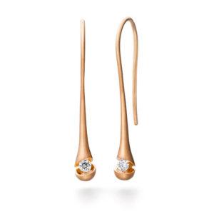 Design oorhangers Calla met één briljant geslepen diamant