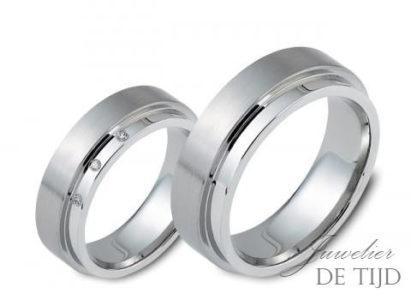 Edelstalen trouwringen 6mm breed, met 3 briljant geslepen diamanten