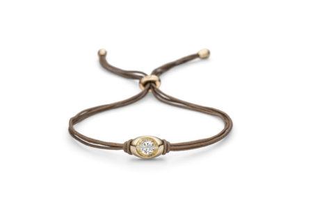 Design armband Liberté met in het midden één briljant geslepen diamant