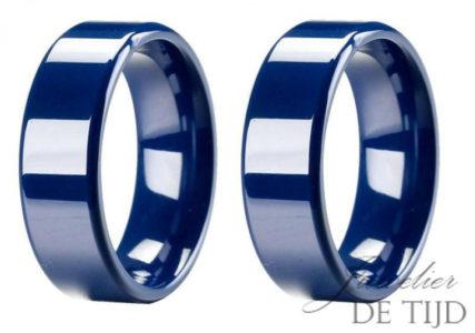 Wolfraam blauwe keramiek trouwringen 8mm breed