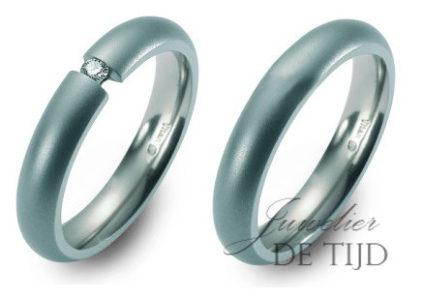 Titanium spanring trouwringen met 0,10ct briljant