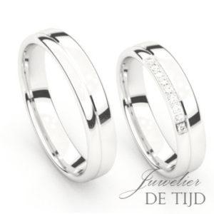 Wit gouden trouwringen met 9 briljant geslepen diamanten