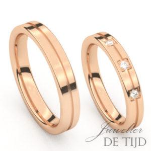 Rosé gouden trouwringen met 3 briljant geslepen diamanten