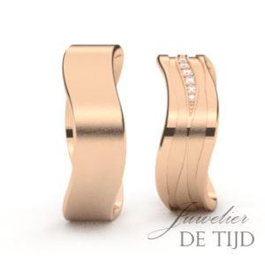 Rosé gouden trouwringen met briljant geslepen diamanten
