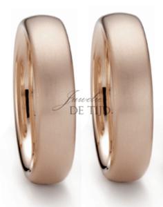 Rosewood exclusieve kleur gouden trouwringen