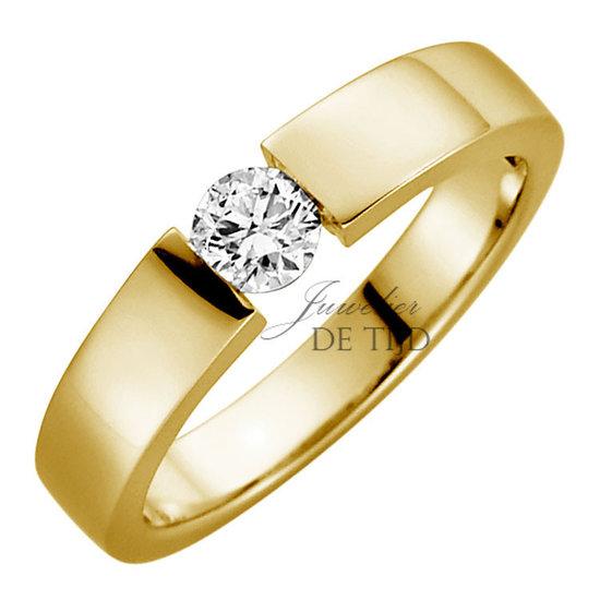 Gouden spanring met briljant geslepen diamant