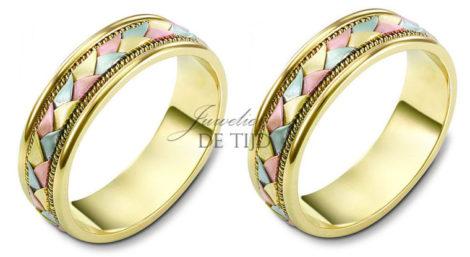Gevlochten 14 karaats tri-color geel/wit/rosé gouden Trouwringen