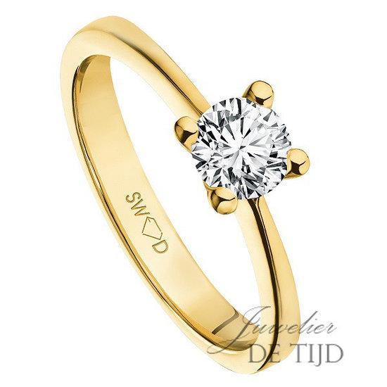 14 karaats geel gouden solitaire ring met briljant geslepen diamant