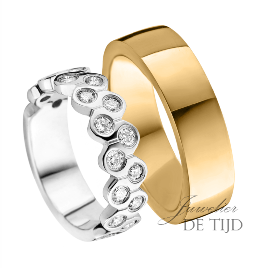 Wit of geel gouden Trouwringen 6mm breed met 19 briljant geslepen diamanten