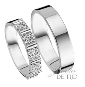 Wit gouden trouwringen 4,2- & 5mm breed met 20 briljant geslepen diamanten