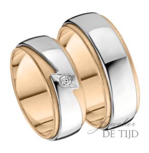Bi-color gouden trouwringen met 0,05crt briljant geslepen diamant