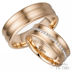 14 karaats rosé gouden trouwringen Romy