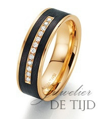 Abrikoos gouden met carbon trouwring en briljant geslepen diamanten 6mm breed