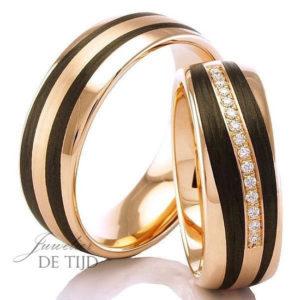 Rood gouden met carbon trouwring en briljant geslepen diamanten 7mm breed