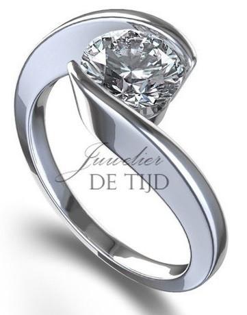 Femma verlovingsring met briljant geslepen diamant