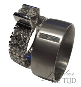 Handgemaakte Trouwringen met ovaal-, briljant- en baguette geslepen diamanten