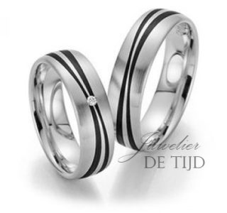 Wit gouden met carbon trouwringen en 1 briljant geslepen diamant 6mm breed
