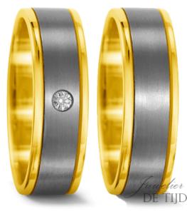 Titanium met geel goud Trouwringen 6,5mm breed met 1 briljant geslepen diamant