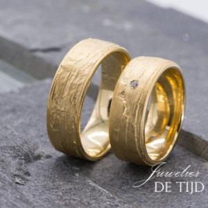14 karaats geel gouden trouwringen
