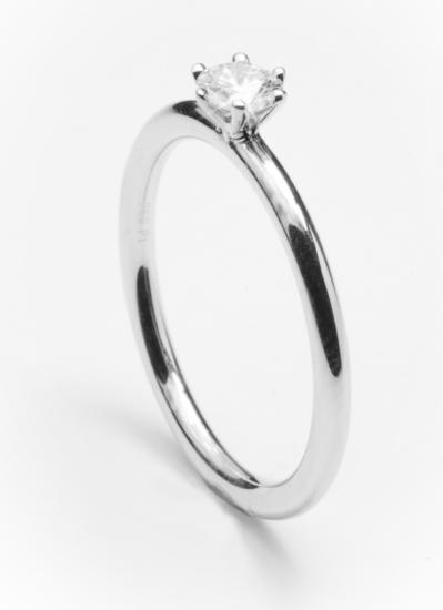 Evy verlovingsring Fairtrade met briljant geslepen diamant