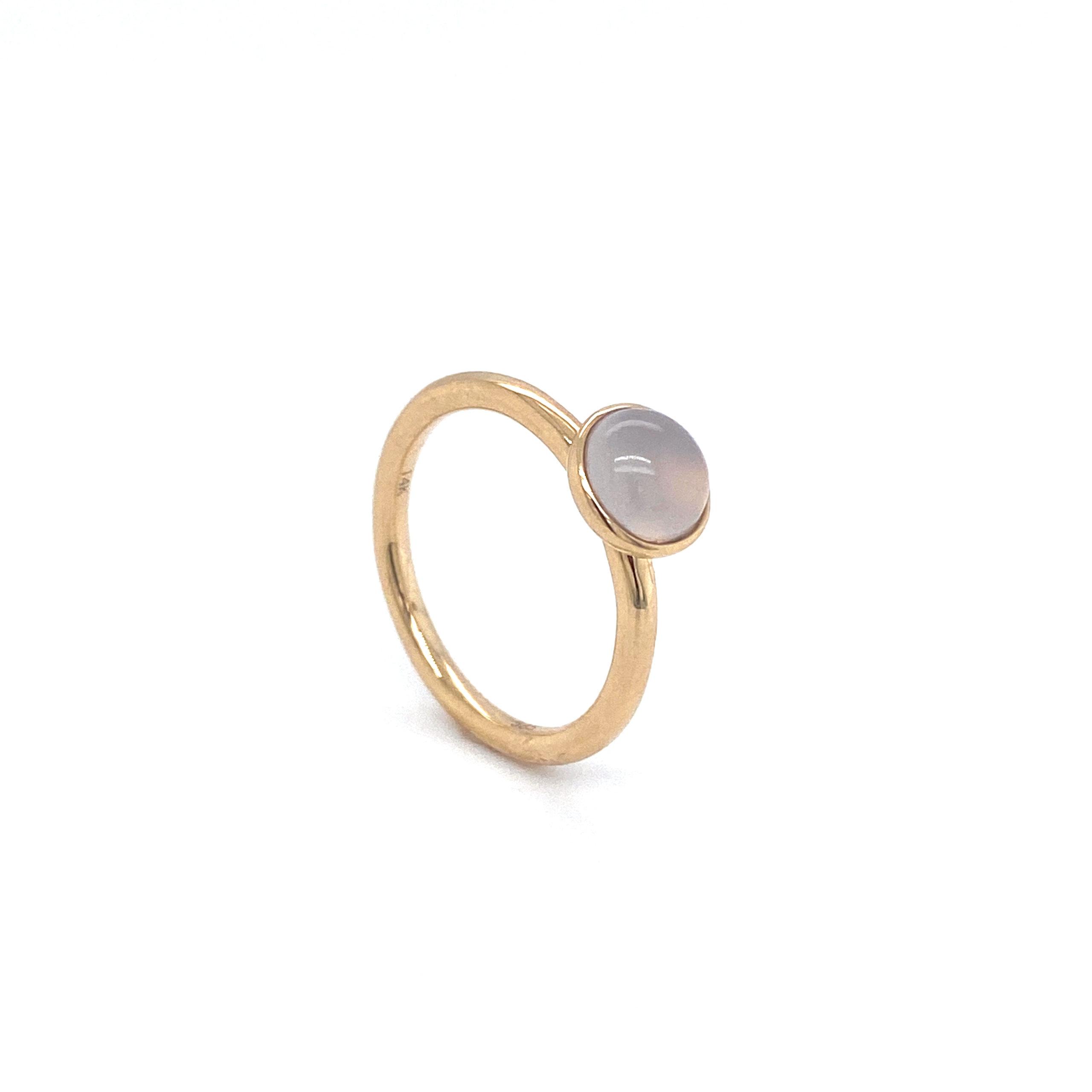 14 karaats geel gouden aanschuif ring met Calcedoon