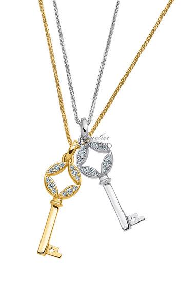 Wit gouden hanger Alice ® in sleutel vorm met briljant