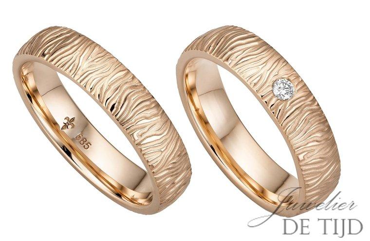 14 karaats rosé gouden ambachtelijke trouwringen Marie