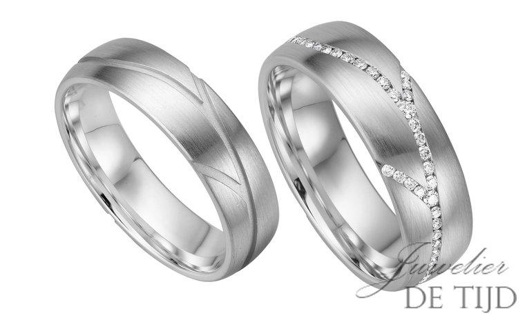 14 karaats wit gouden trouwringen met 68 briljant geslepen diamanten Murielle