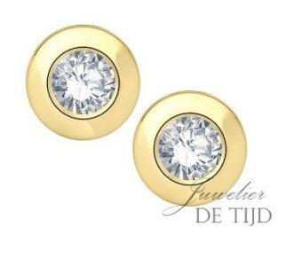 14 karaats geel gouden oorstekers met 0,10crt briljant geslepen diamant