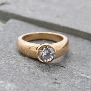 Cartier ring met briljant