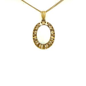 14 karaats geelgouden hanger met opaal