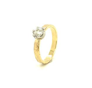 14 karaats geelgouden ring vintage stijl met oud slijpsel diamant