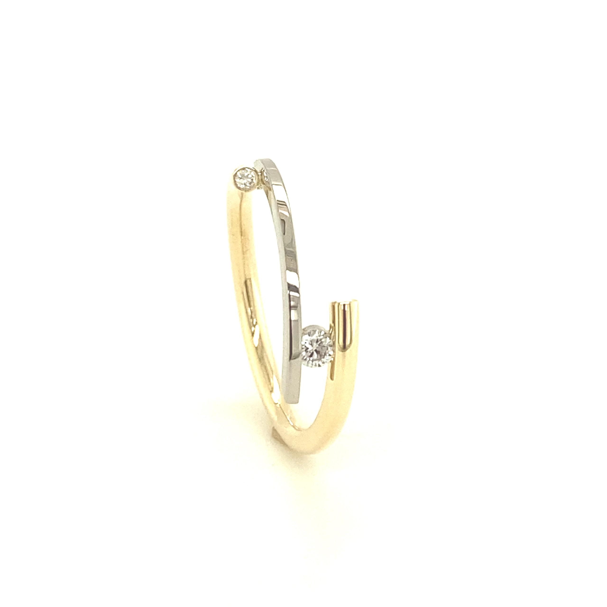 Bicolor design ring