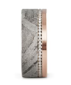 Meteoriet met 14 karaats roodgouden trouwring